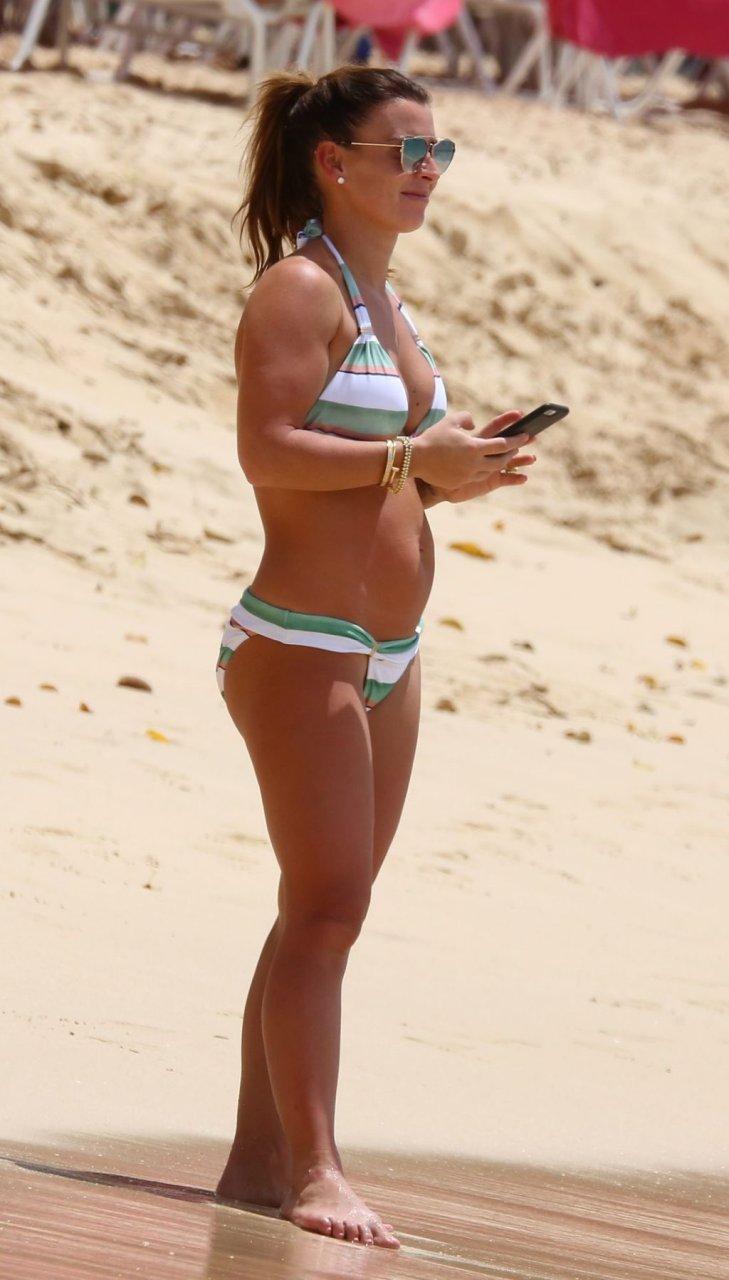 Coleen Rooney Sexy (66 Photos)