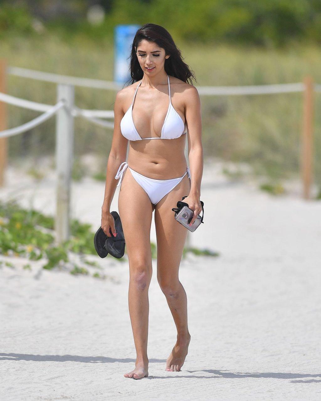 Diana Vazquez Sexy (38 Photos)