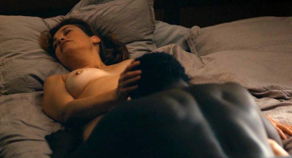 Emmanuelle Devos Nude – Amin (10 Pics + GIF & Video)