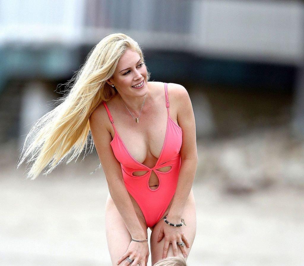 Heidi Pratt Sexy (11 Photos)