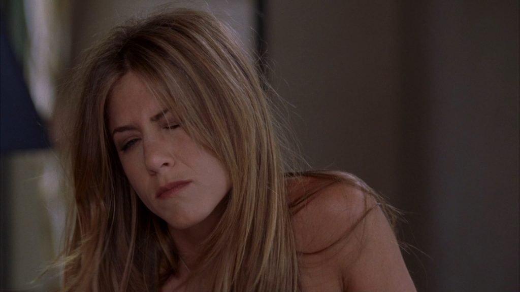 Jennifer Aniston Sexy & Topless – Rumor Has It… (7 Pics + GIF & Video)