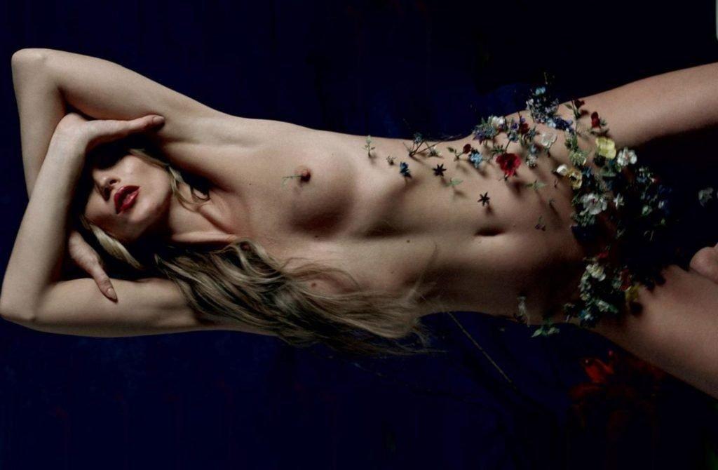 Kate Moss Nude (10 Photos)