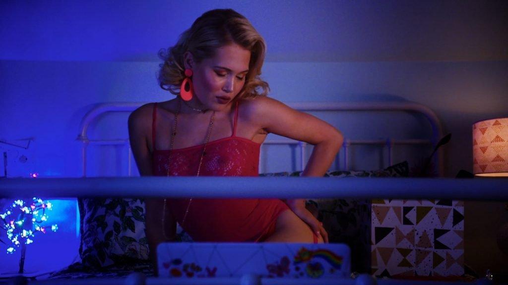 Kelli Berglund Nude – Now Apocalypse (10 Pics + GIF & Video)