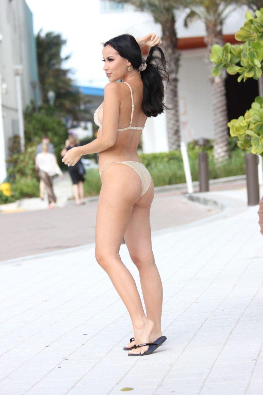 Lisa Opie Sexy (26 Photos)