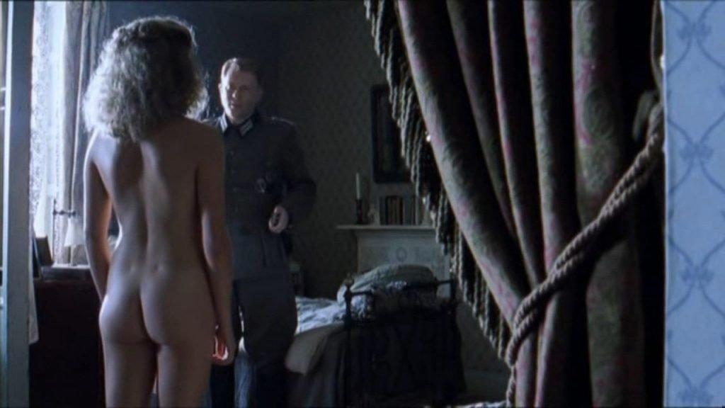 Louisa Clein Nude – Island at War (6 Pics + GIF & Video)