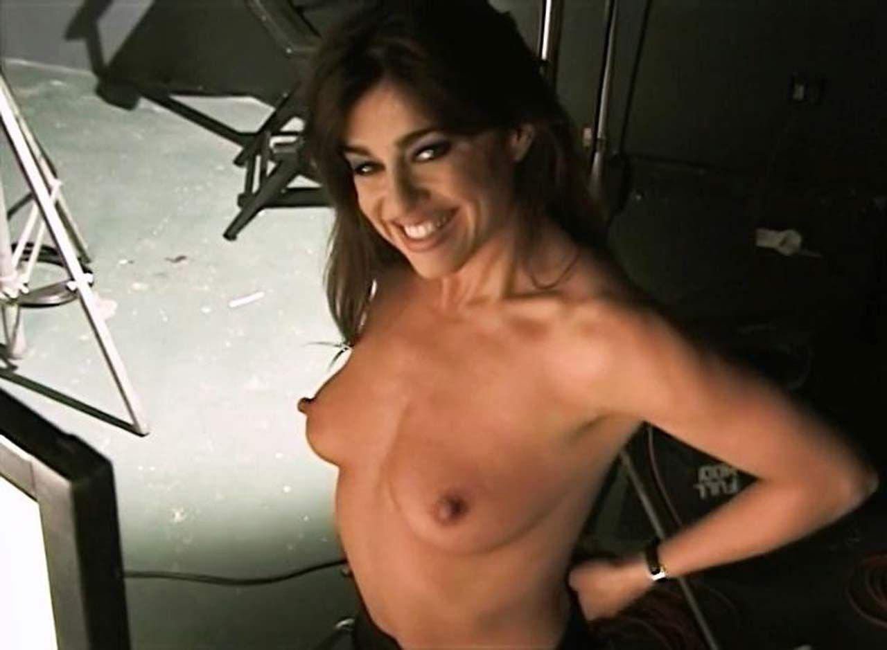 mia nude