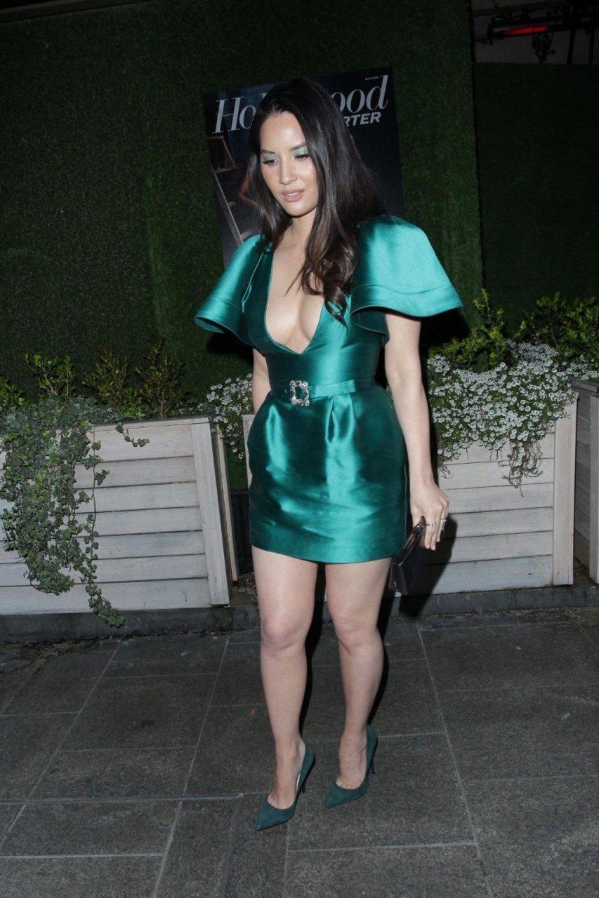 Olivia Munn Sexy (48 Photos + Video)