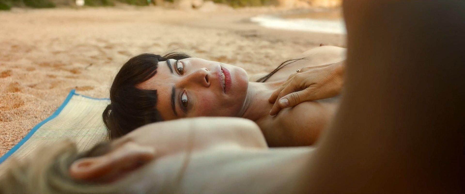 Maria Molins Patricia Lopez Arnaiz Lina Gorbaneva Nude El árbol