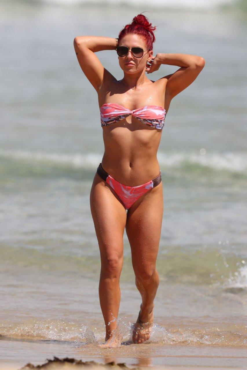Sharna Burgess Sexy (56 Photos)