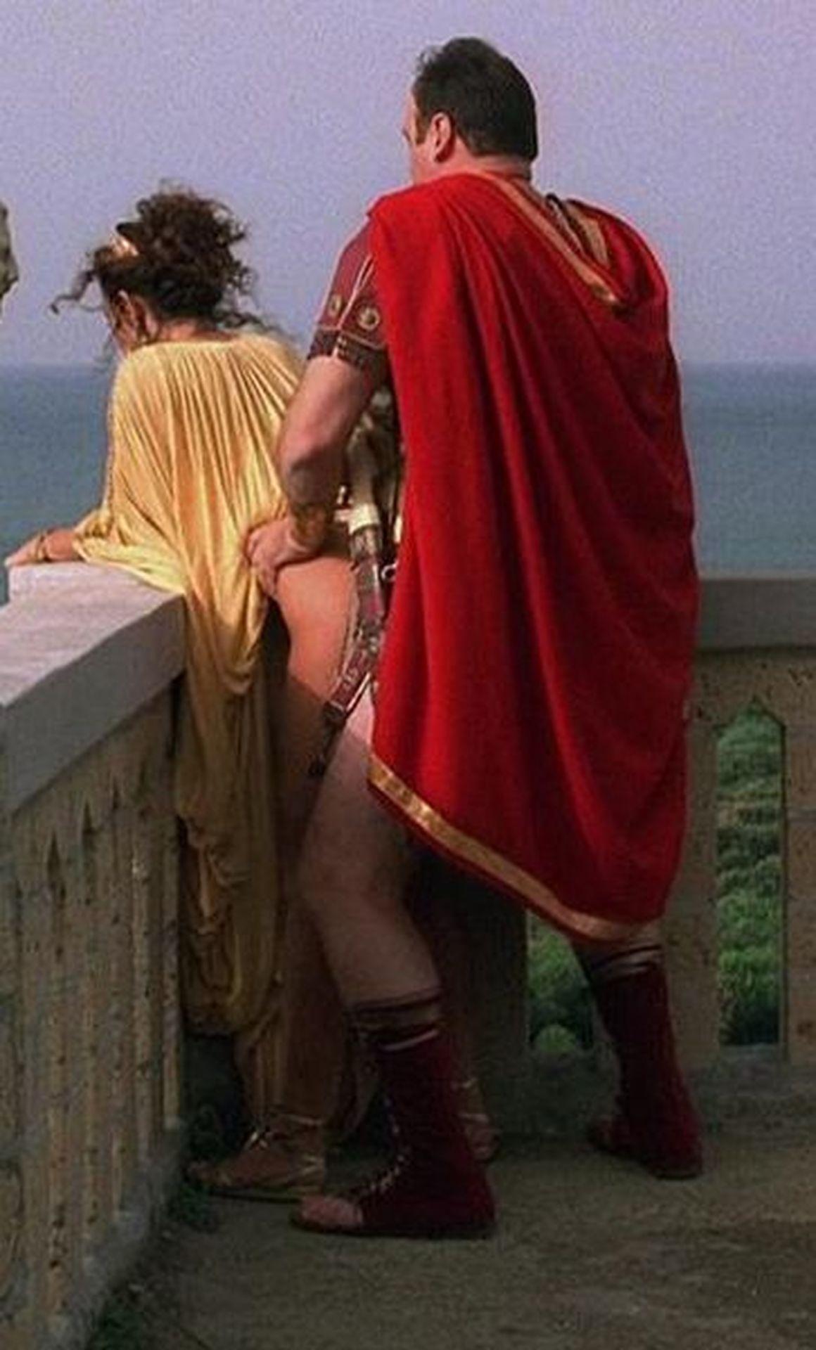 milos-nude-photo-sofia-women-licking-hairy-pussy-gif
