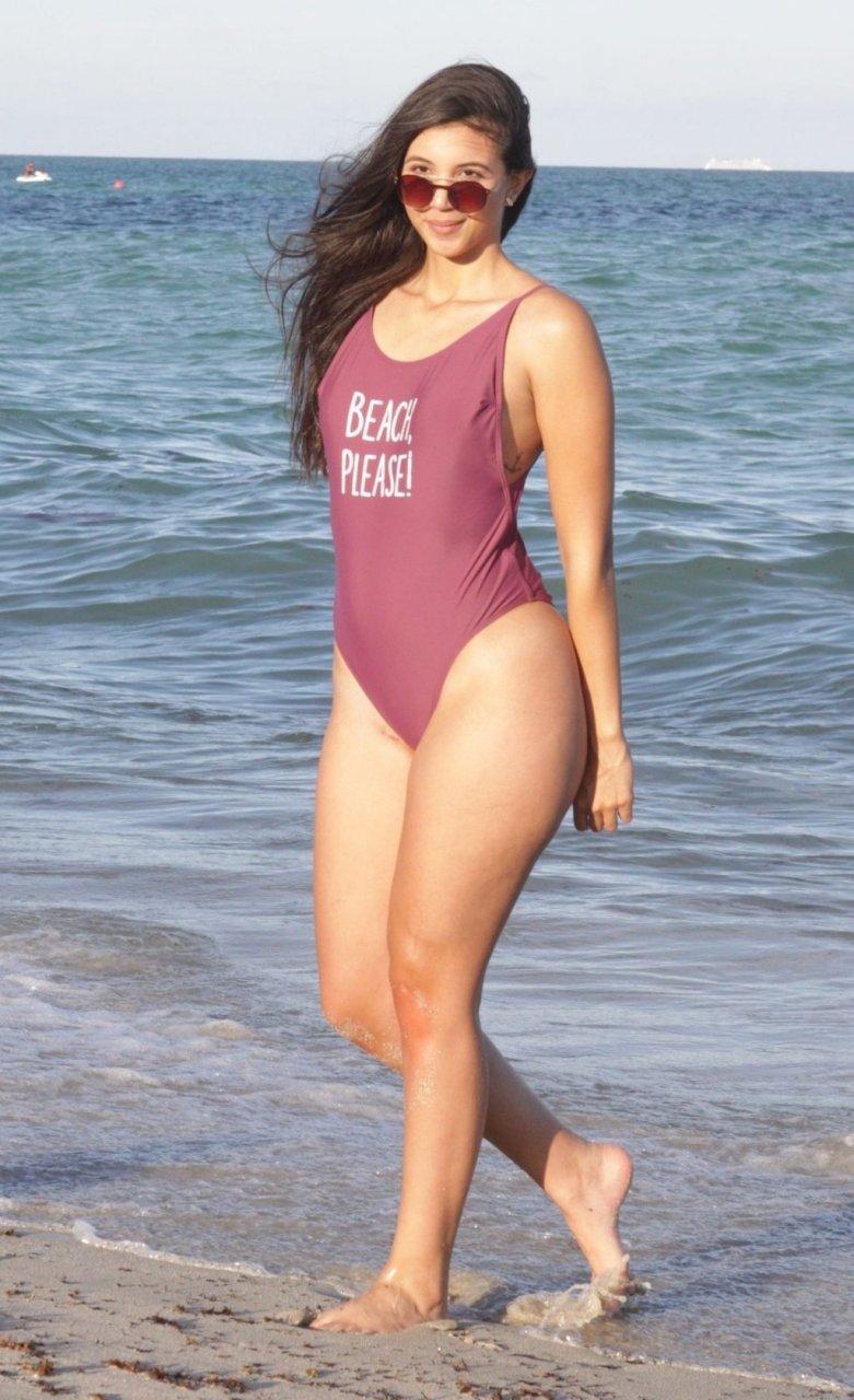 Valeria Araque Yepes Sexy (49 Photos)