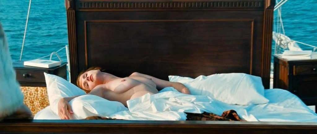 Alessandra Martines Nude – Tout ça… pour ça! (17 Pics + GIFs & Video)