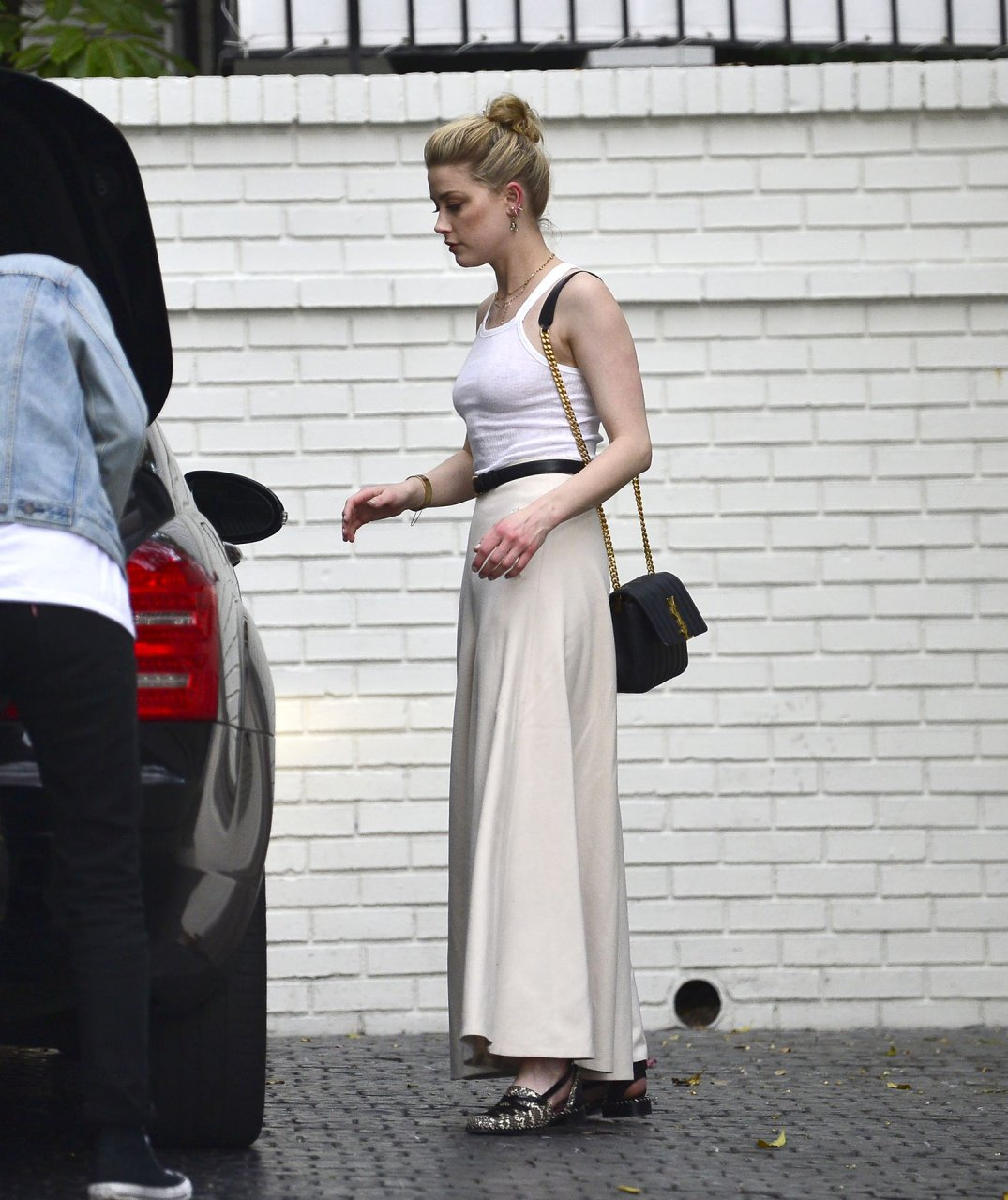 Amber Heard arrives at the Chateau Marmont Hotel in Los Angeles, 04/01/2019.