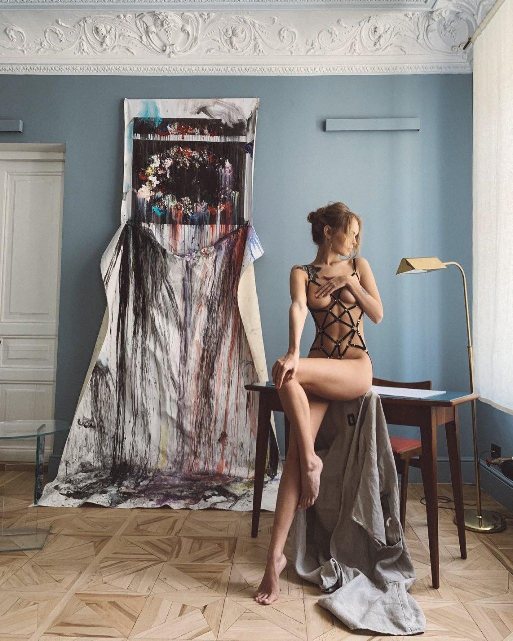 Anastasiya Scheglova Nude (9 Hot Photos)
