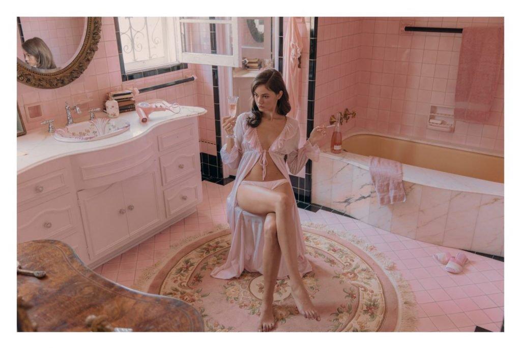 Beate Muska Nude (21 Photos)