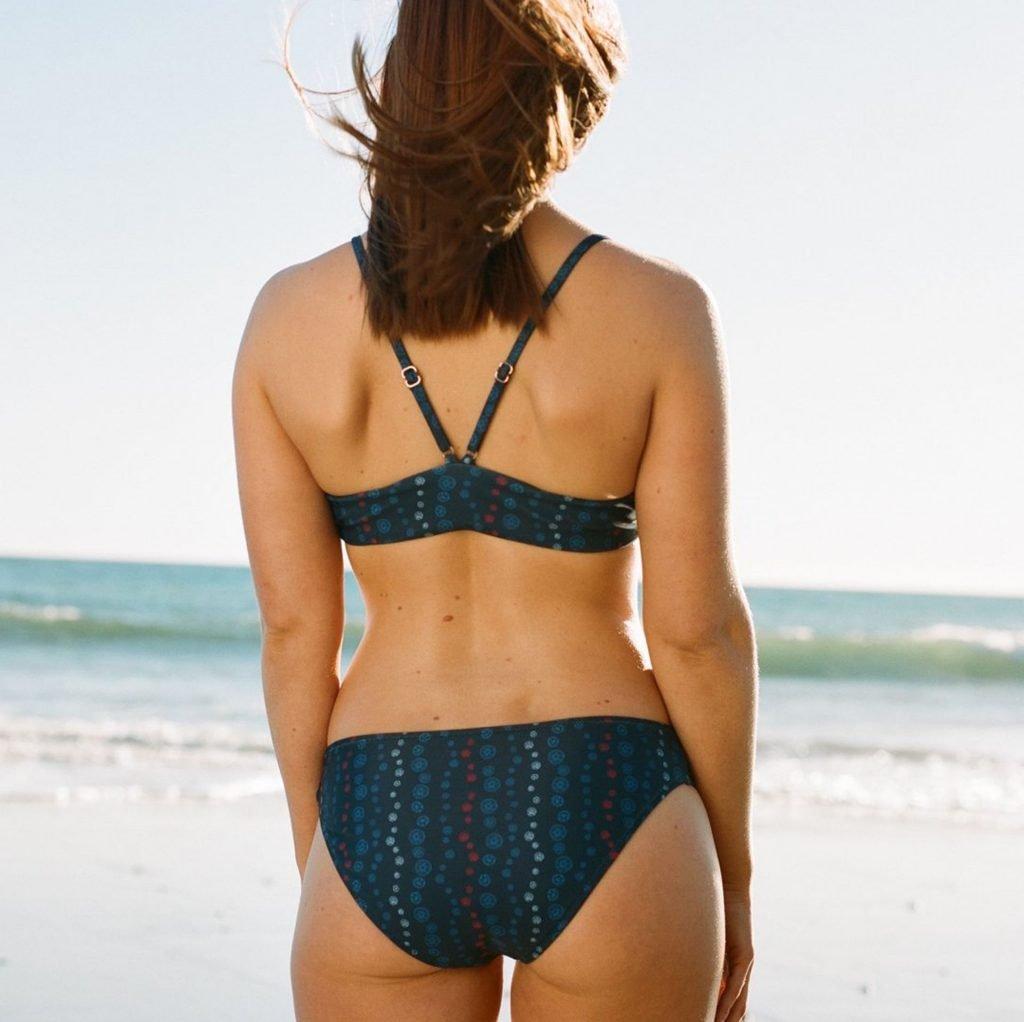 Bonnie Wright Sexy (10 Photos)