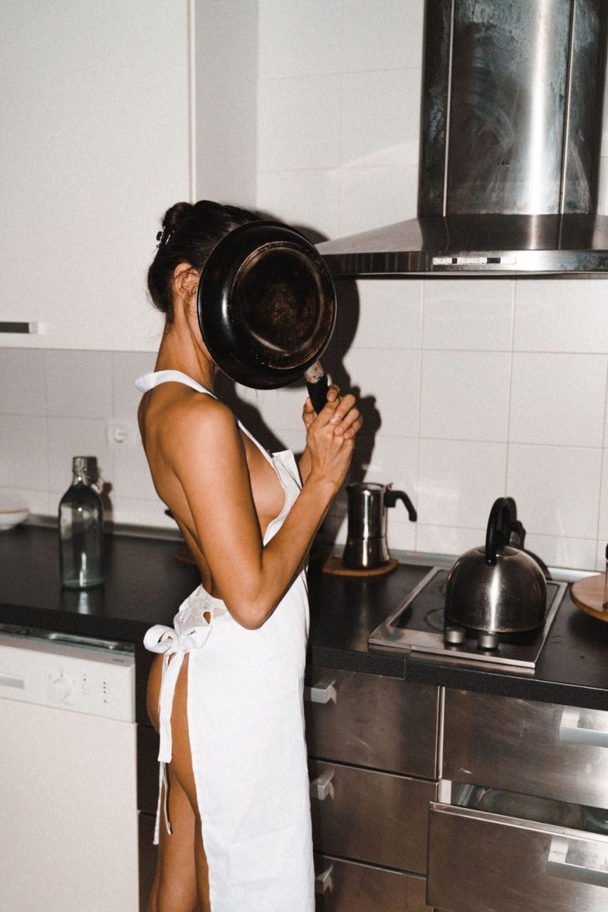 Camila Romero Nude (9 Photos)