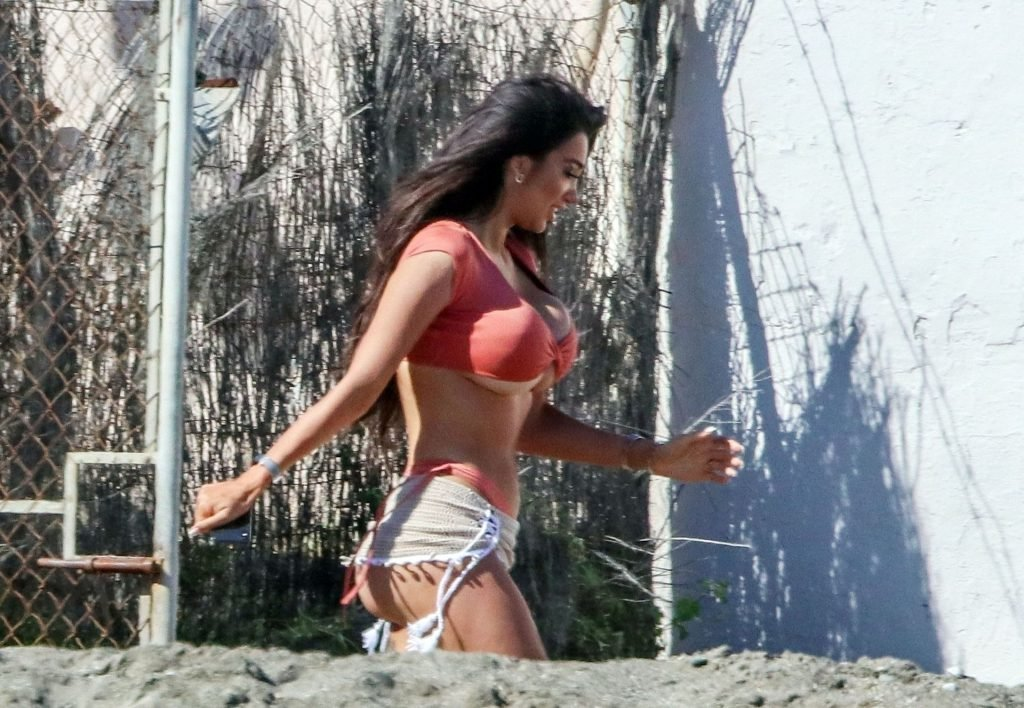 Chloe Khan Sexy (38 New Photos)
