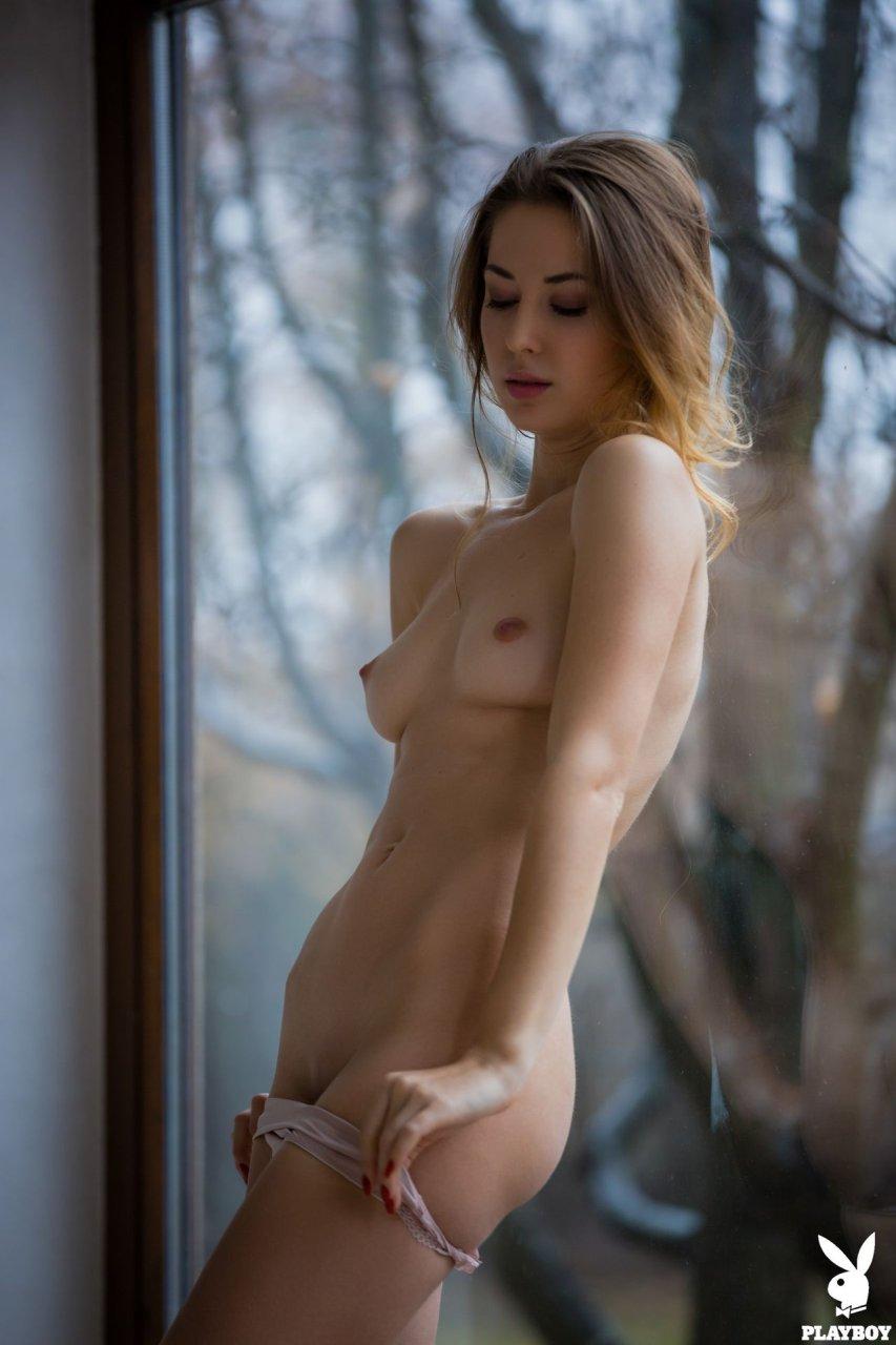 saxy nude