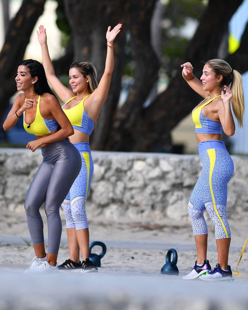 Anairam, Cinthya Bermudez, Julie Pauline Rodríguez Sexy (21 Photos)