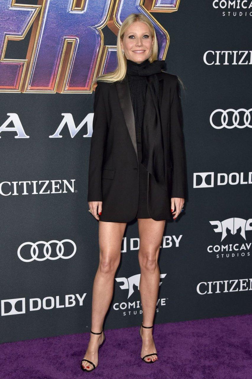 Gwyneth Paltrow Sexy (40 New Photos)