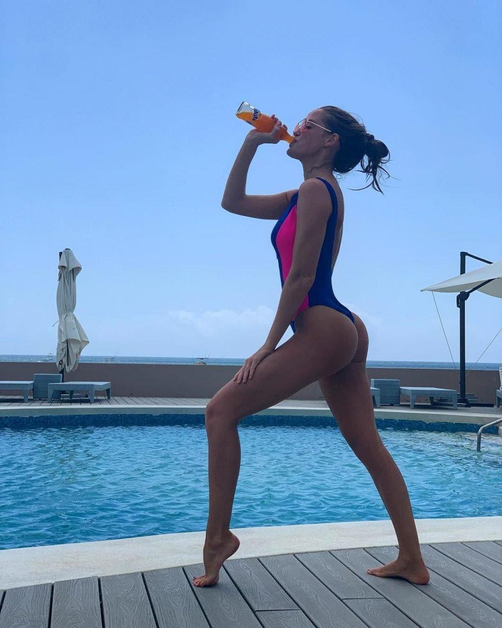 Haley Kalil Sexy & Topless (86 Photos)