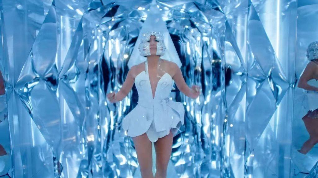 Jennifer Lopez Sexy (19 Pics + GIFs & Video)