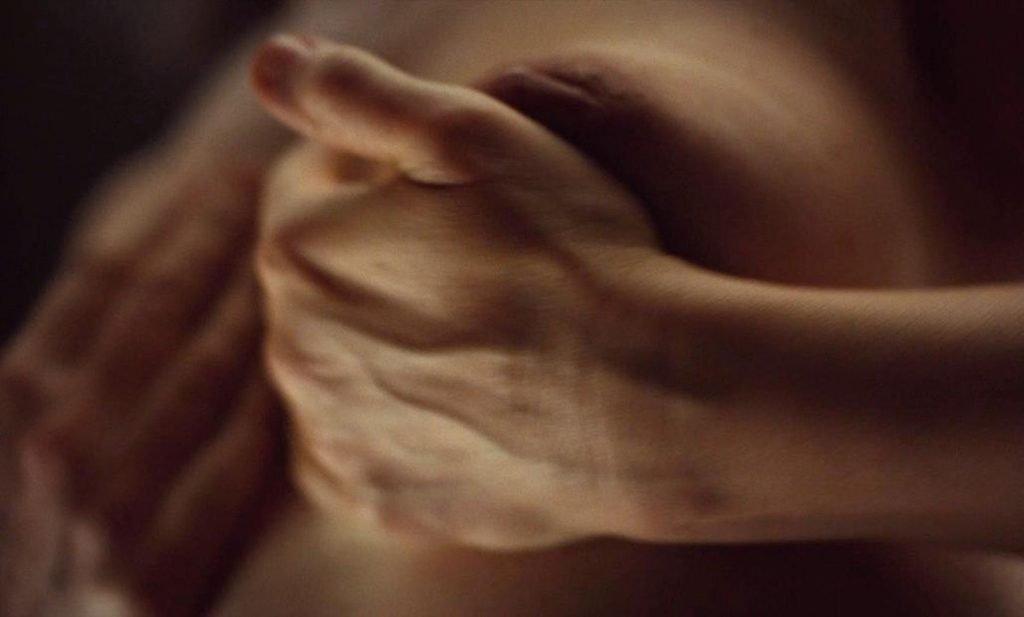 Juliette Binoche Nude – High Life (4 Pics + GIF & Video)