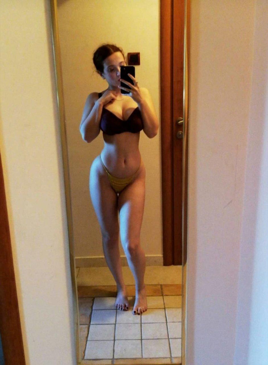 Katarina Bogićević Nude & Sexy (13 Photos)