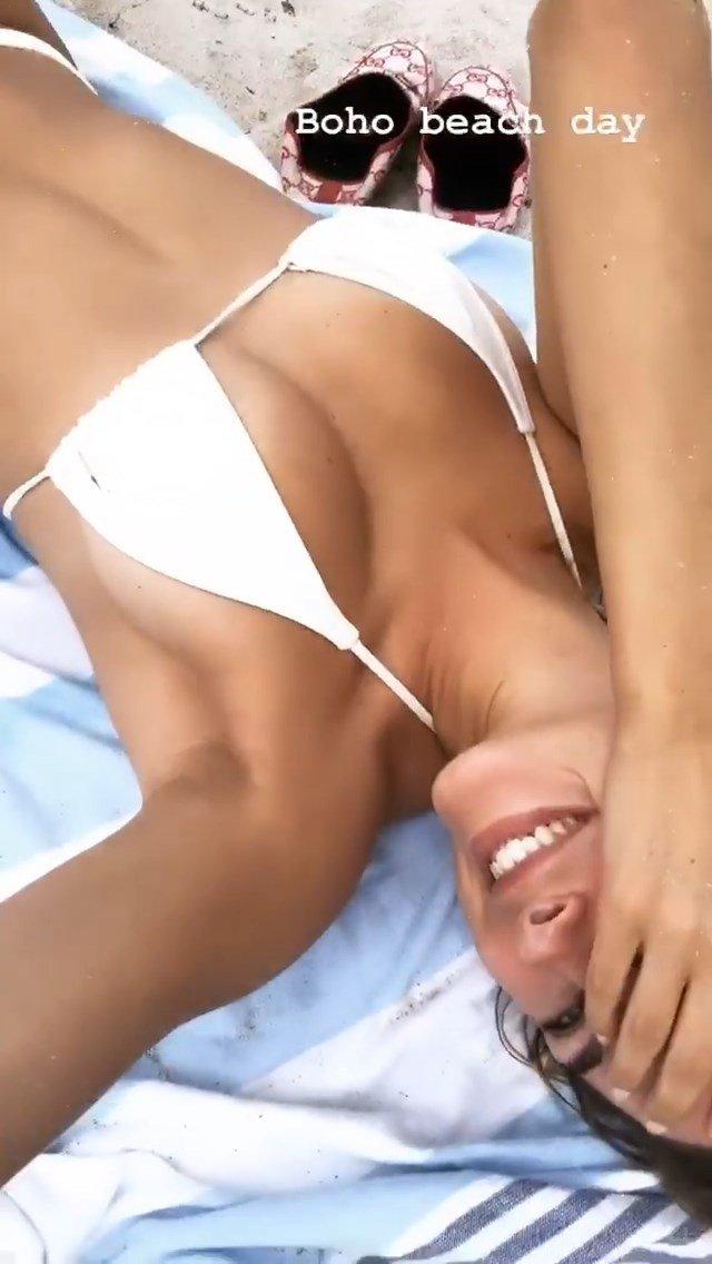 Kimberley Garner Sexy (70 Photos + Video)