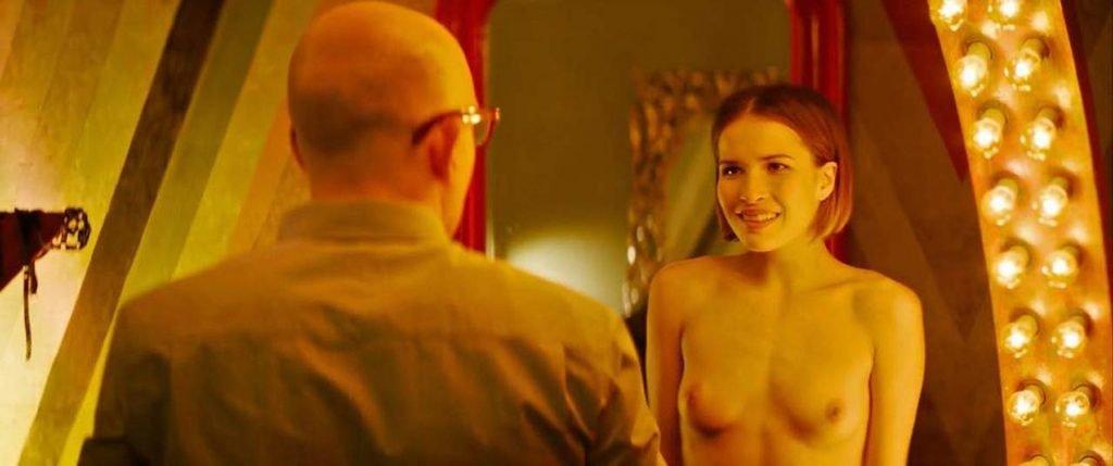 Lukerya Ilyashenko Nude