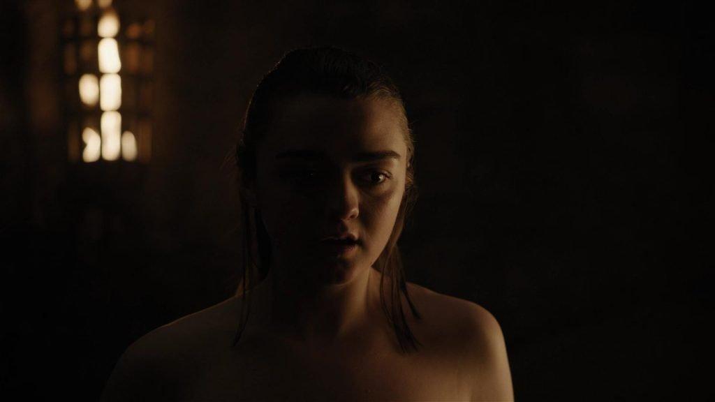 Maisie williams tits