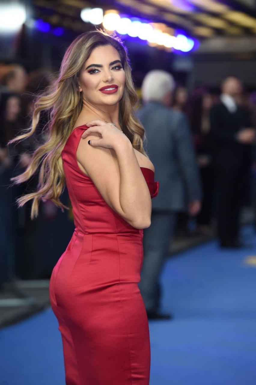 Megan Barton-Hanson Sexy (43 Photos)