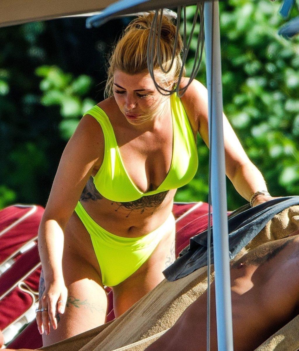 Olivia Buckland Sexy (50 Photos)