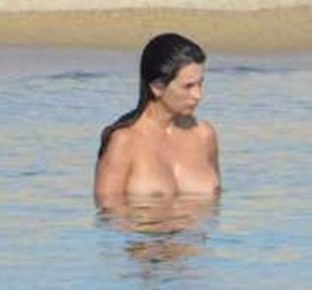 penelope cruz naked
