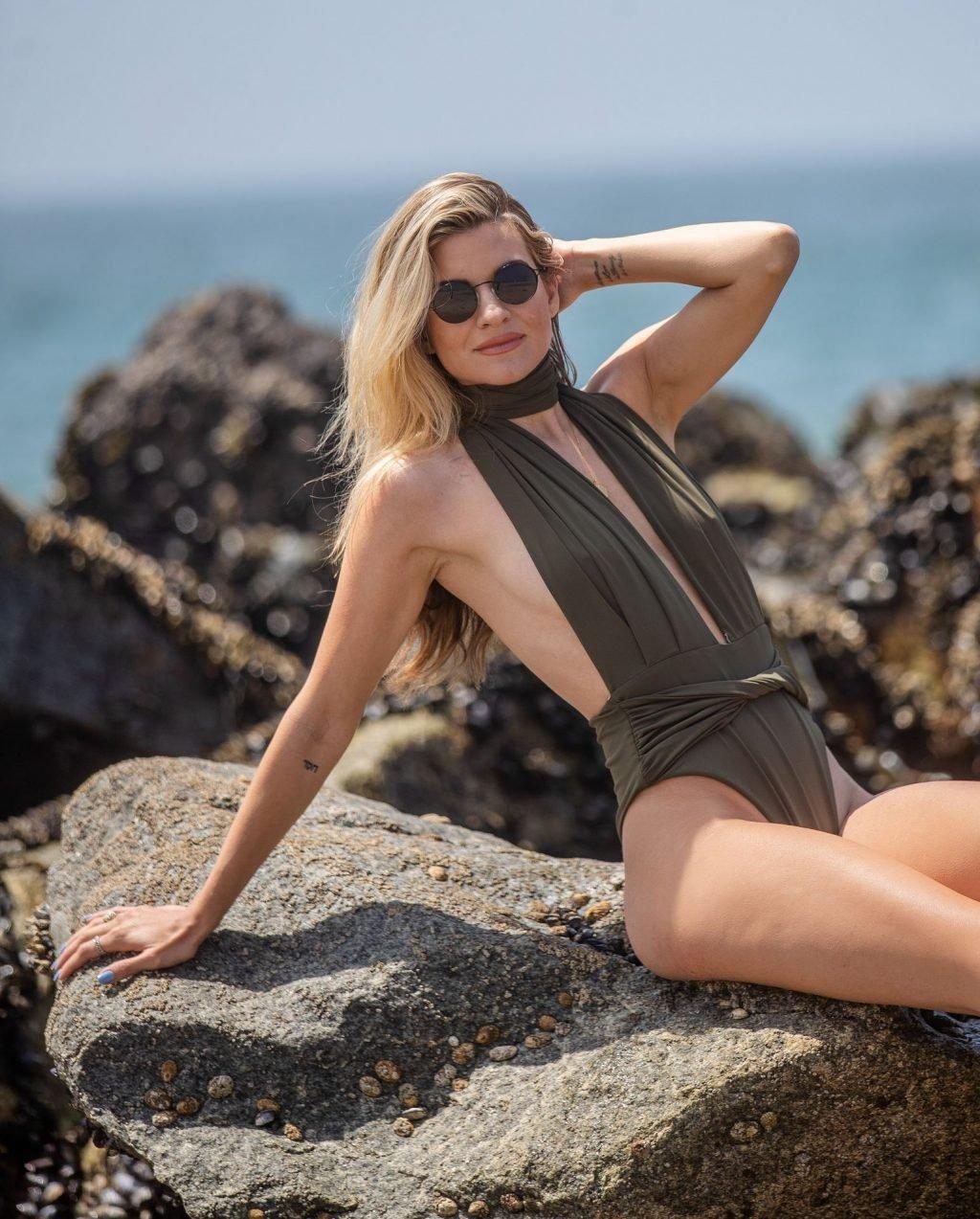 Rachel McCord See Through & Sexy (31 Photos)