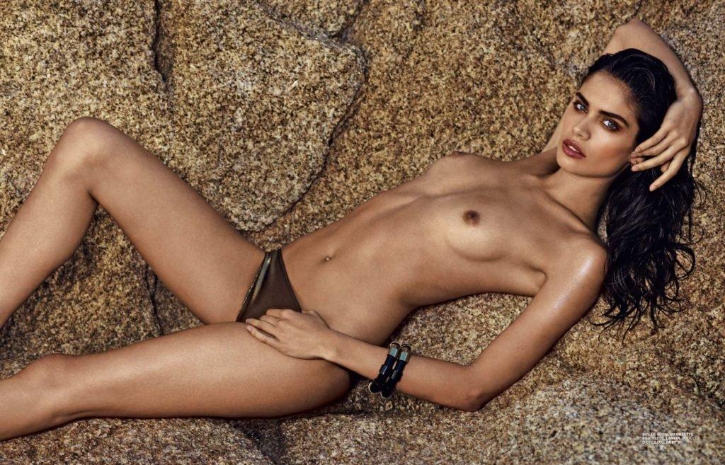 Sara Sampaio Topless & Sexy (4 Photos)