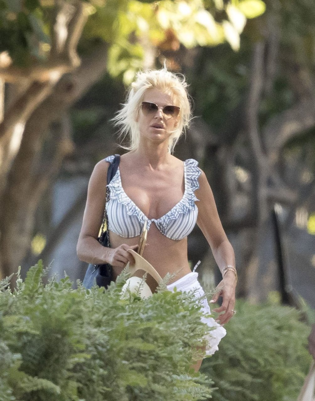 Victoria Silvstedt Sexy (13 Photos)