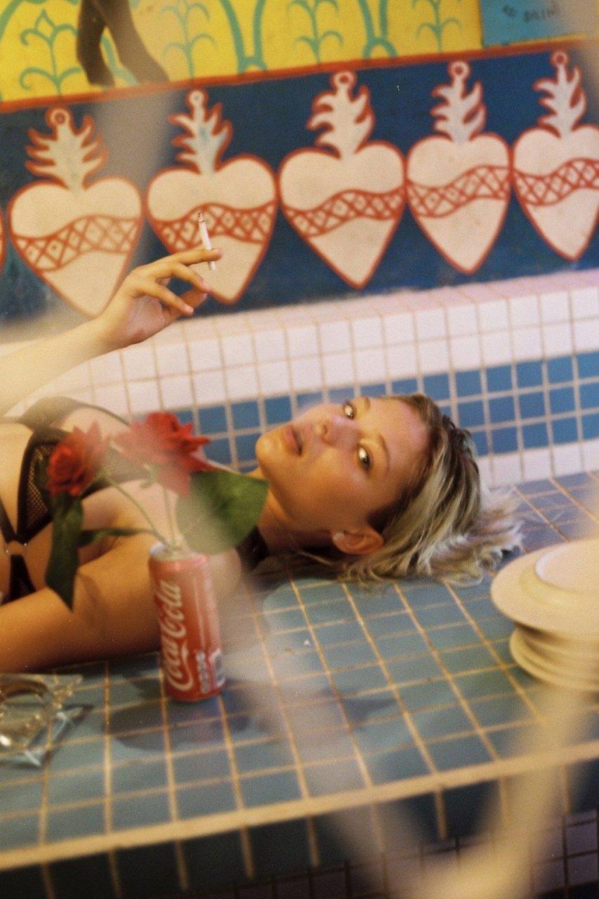 Alesya Kafelnikova See Through & Sexy (9 Photos)