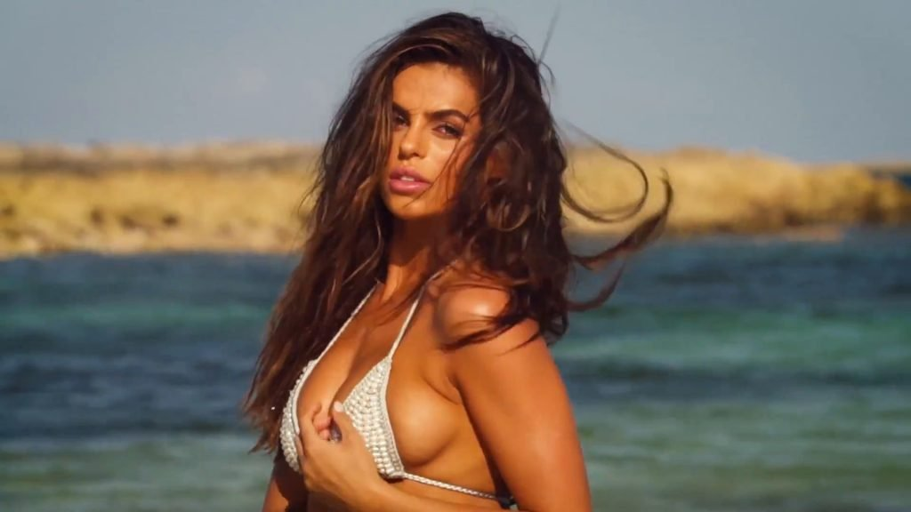Brooks Nader Sexy & Topless (40 Photos + Video)