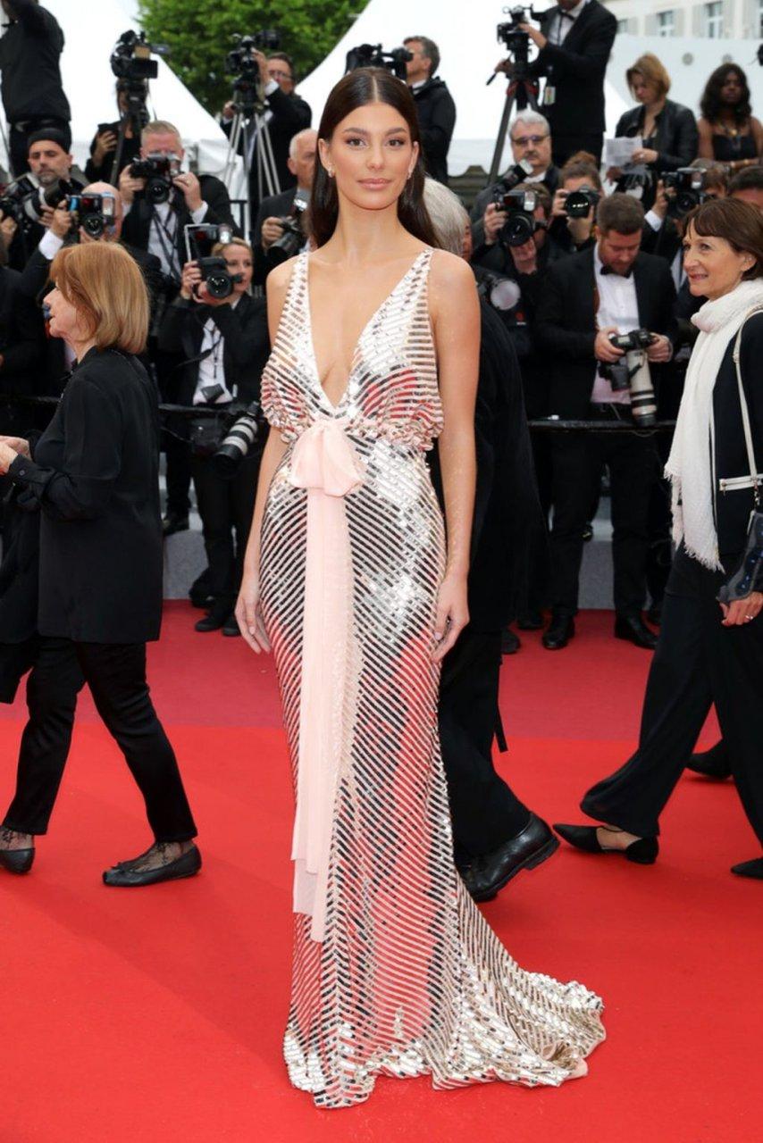 Camila Morrone Sexy (20 New Photos)