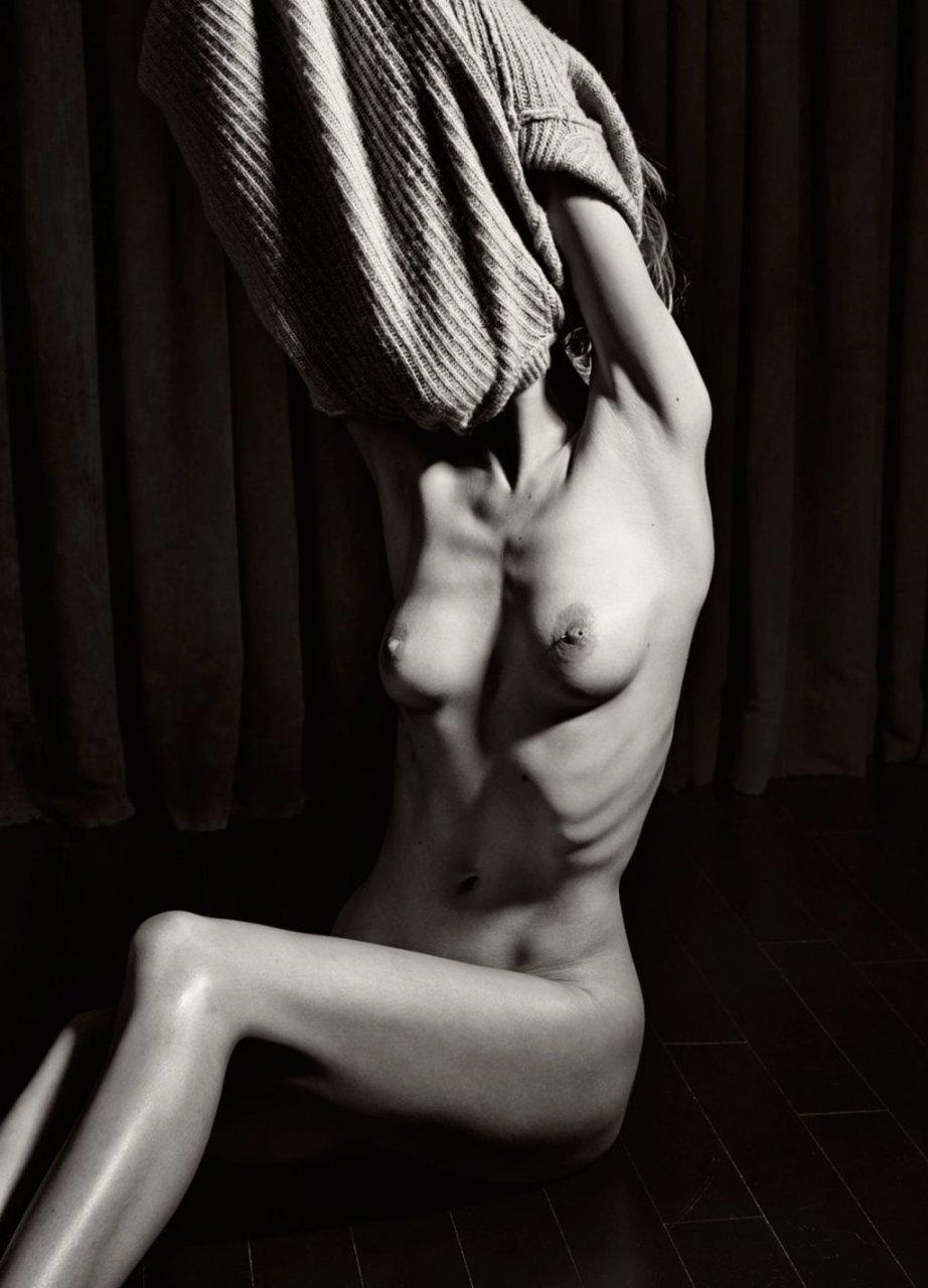 Camilla Forchhammer Christensen Nude (8 Photos)