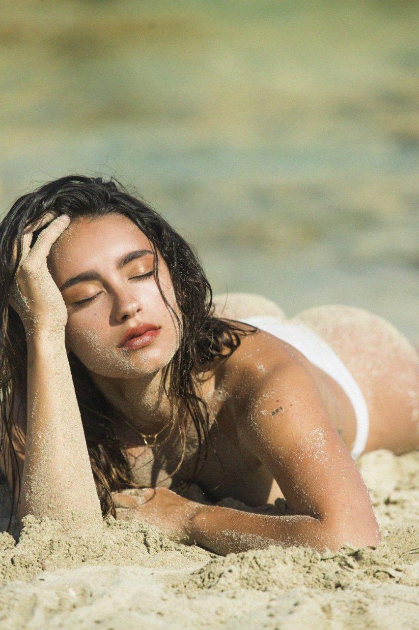 Carla Guetta Nude (19 Photos)