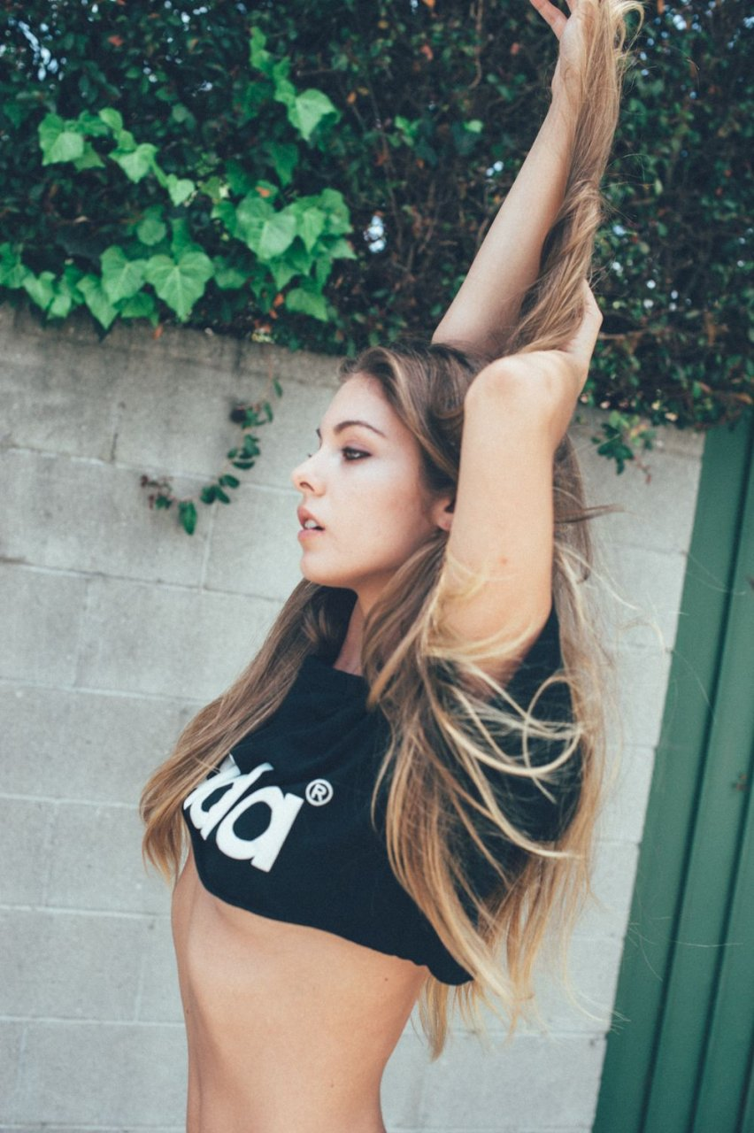 Carmella Rose Nude & Sexy (32 Photos)