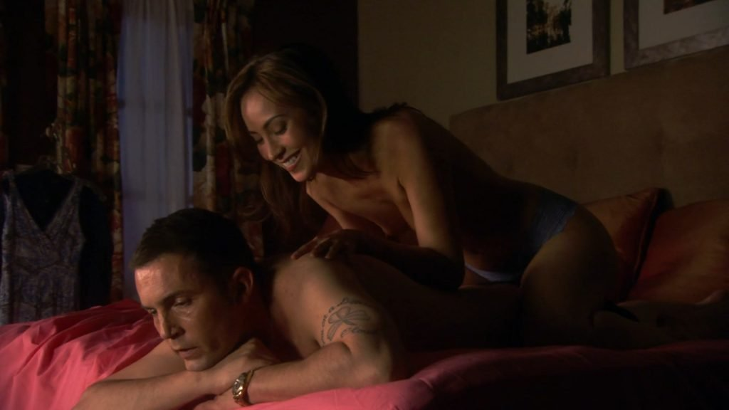 Courtney Ford Topless – Dexter (8 Pics + GIF & Video)