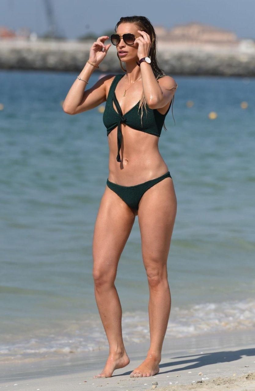 Ferne McCann Sexy (17 Photos)