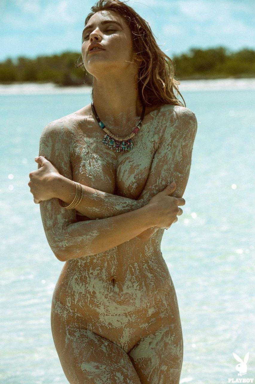 Gabriela Giovanardi Nude (41 Photos)