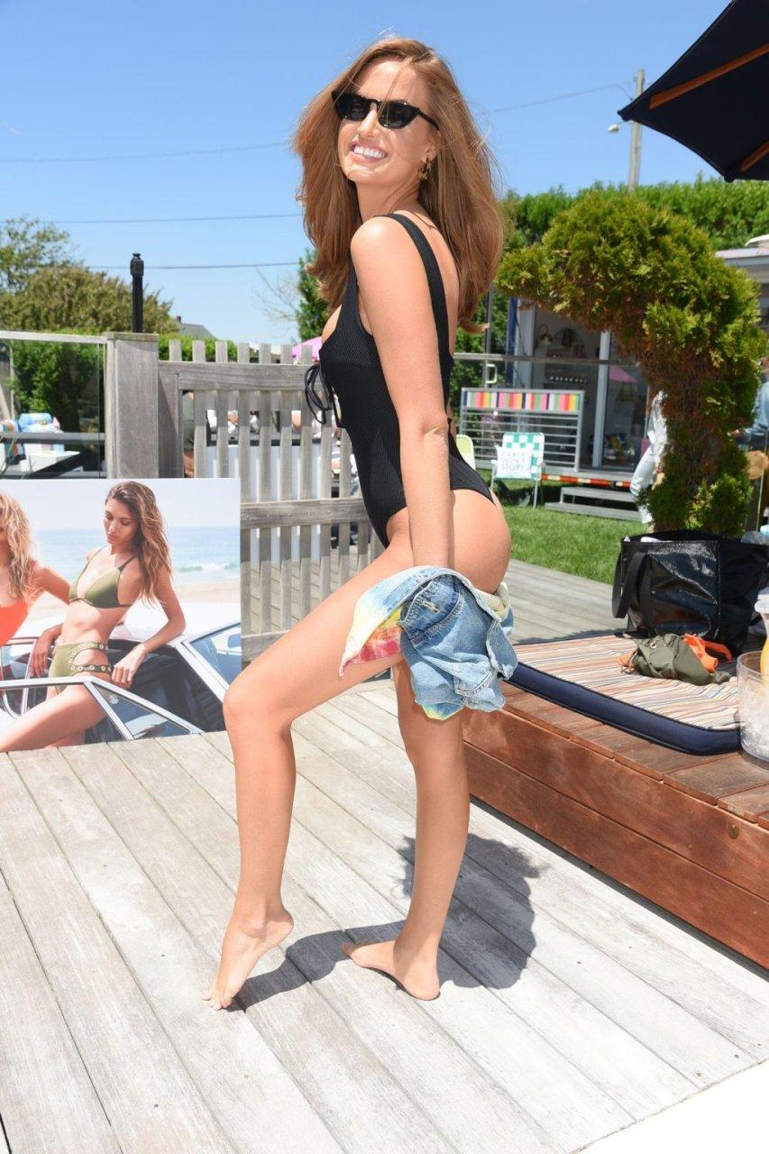 Haley Kalil, Joy Corrigan Sexy (36 Photos)