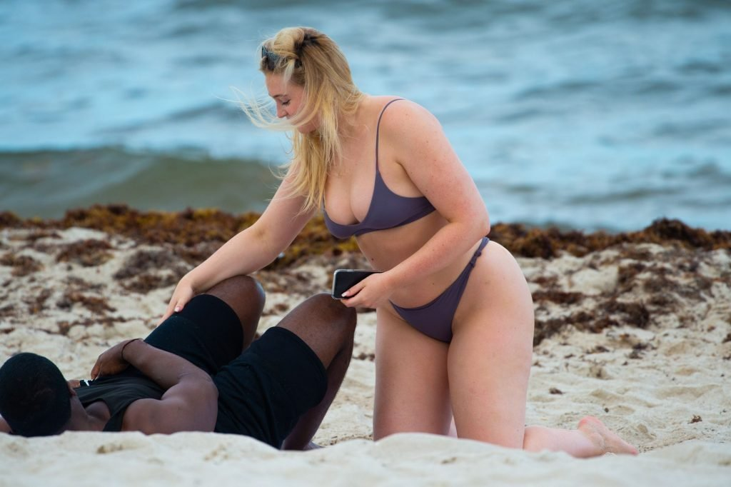 Iskra Lawrence Sexy (62 Photos)