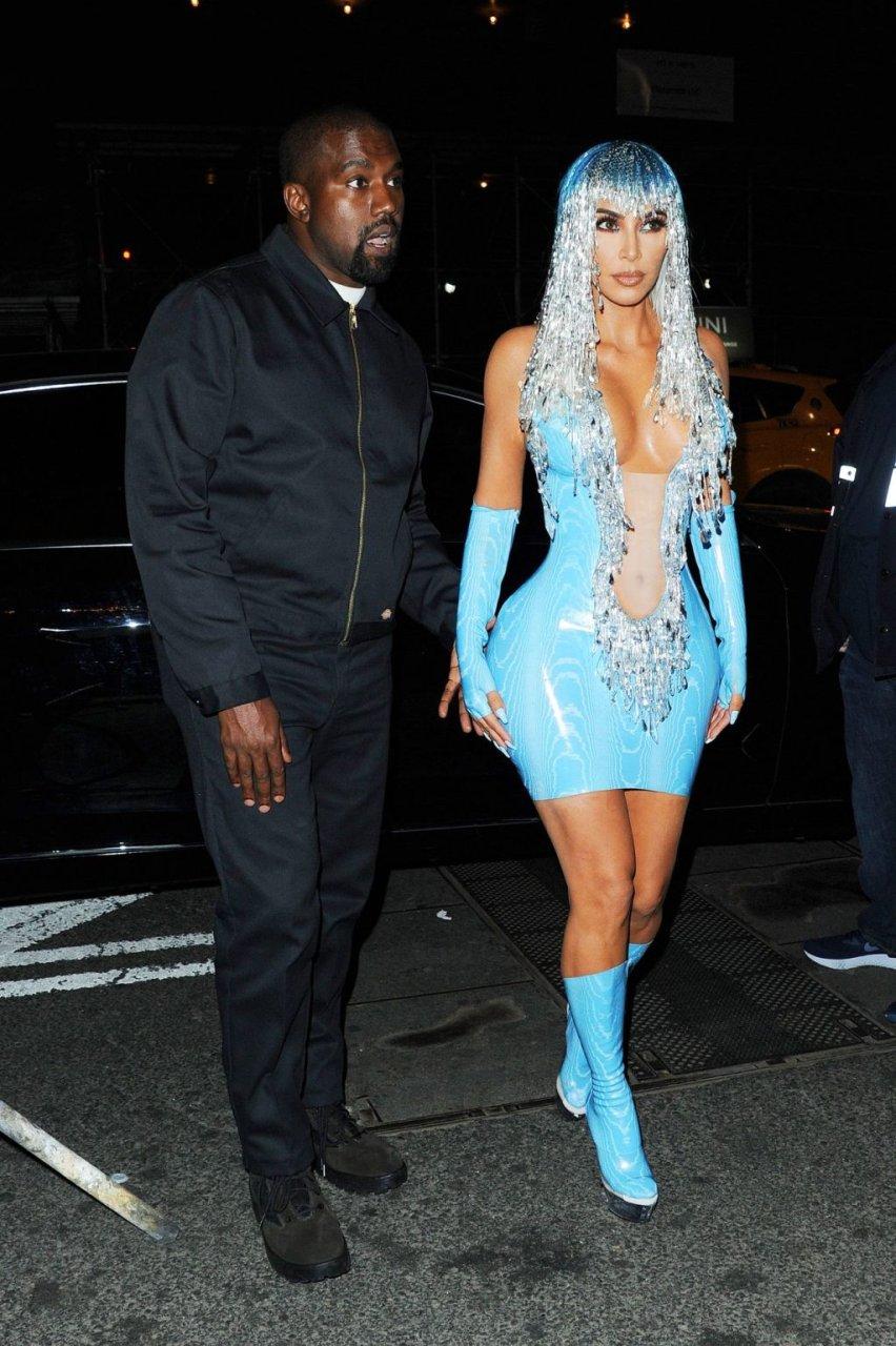 Kim Kardashian West Sexy (12 New Photos)